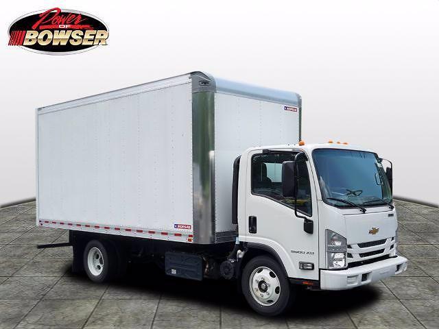2020 LCF 5500XD Regular Cab DRW 4x2,  Morgan Truck Body Dry Freight #C20843 - photo 1