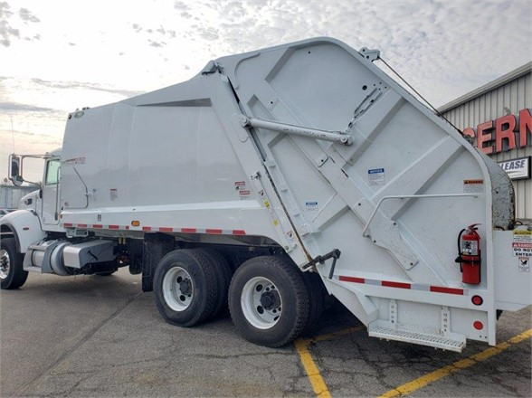 2019 Peterbilt 348 6x4, New Way Trucks Garbage Body #5934OH - photo 1