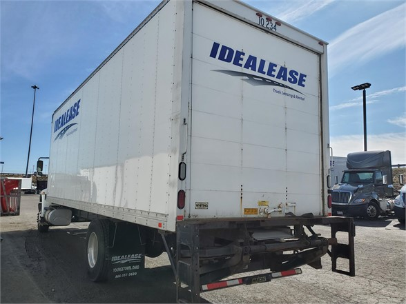 2017 International DuraStar 4300 4x2, Dry Freight #L10-234 - photo 1