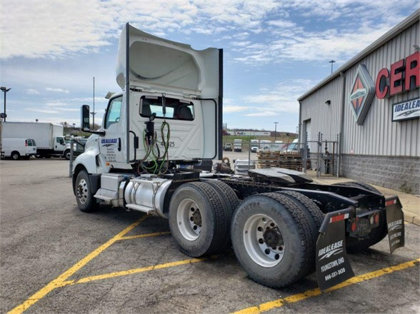 2019 International LT 6x4, Tractor #L40-325 - photo 1