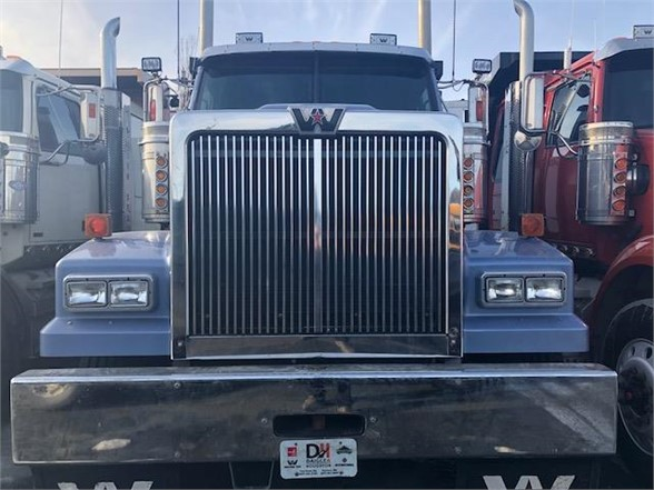 2010 Western Star 4900 6x4, Tractor #103403 - photo 4