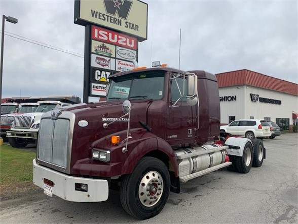 2014 Western Star 4900 6x4, Tractor #104008 - photo 1