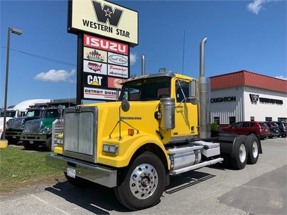 2013 Western Star 4900, Tractor #107337 - photo 1