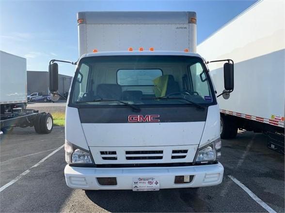 2007 GMC W4500 4x2, Dry Freight #108563 - photo 1
