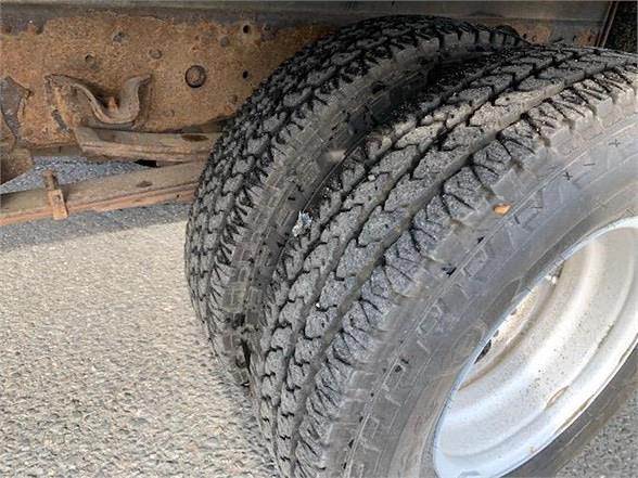 2011 Isuzu NPR 4x2, Supreme Dry Freight #113667 - photo 1
