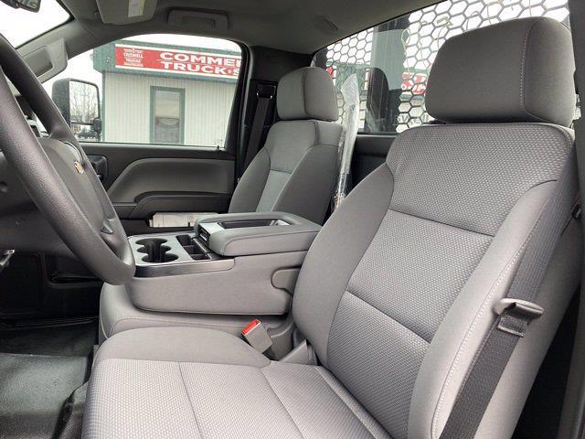 2020 Chevrolet Silverado 4500 Regular Cab DRW 4x2, Platform Body #Q200350 - photo 13