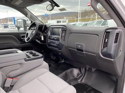 2020 Chevrolet Silverado 4500 Regular Cab DRW 4x2, Platform Body #Q200350 - photo 21