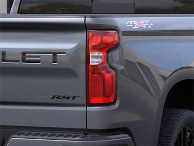 2021 Chevrolet Silverado 1500 Double Cab 4x4, Pickup #Q210048 - photo 9