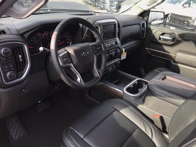 2021 Chevrolet Silverado 1500 Crew Cab 4x4, Pickup #Q210130 - photo 10