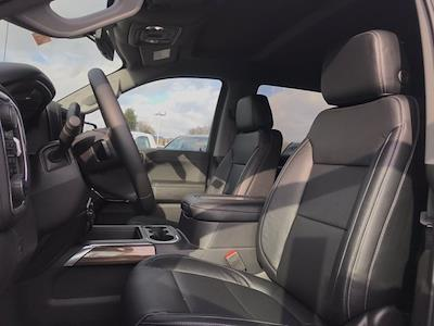 2021 Chevrolet Silverado 1500 Crew Cab 4x4, Pickup #Q210130 - photo 11