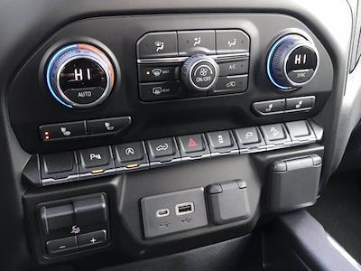 2021 Chevrolet Silverado 1500 Crew Cab 4x4, Pickup #Q210130 - photo 19