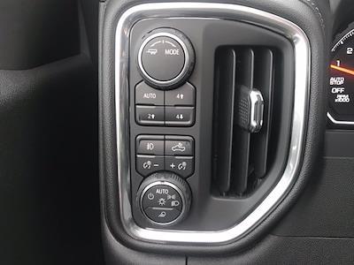 2021 Chevrolet Silverado 1500 Crew Cab 4x4, Pickup #Q210132 - photo 20
