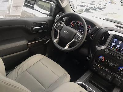 2021 Chevrolet Silverado 1500 Crew Cab 4x4, Pickup #Q210132 - photo 24