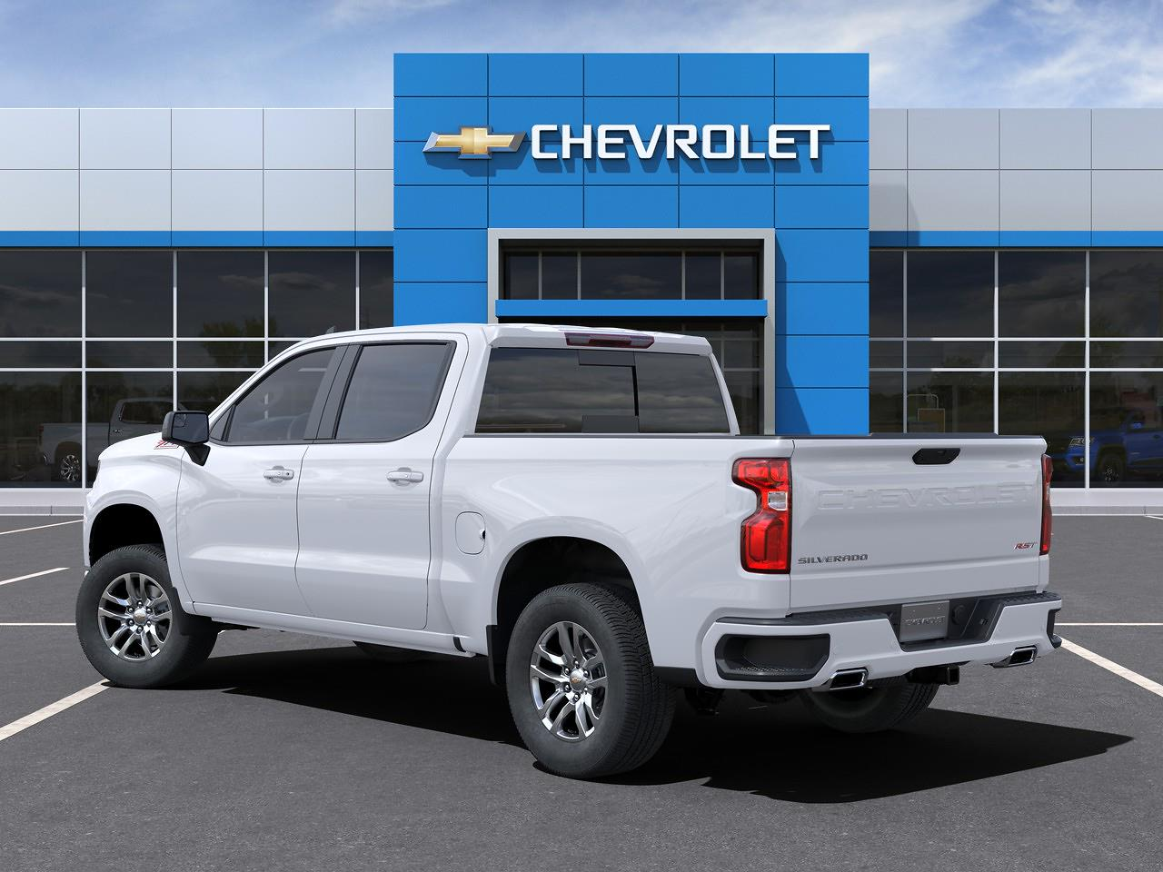 2021 Chevrolet Silverado 1500 Crew Cab 4x4, Pickup #Q210143 - photo 2