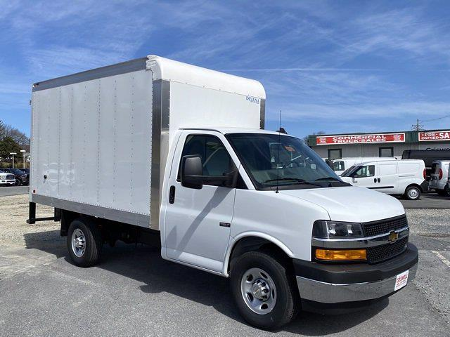 2021 Chevrolet Express 3500 4x2, Dejana DuraCube Cutaway Van #Q210249 - photo 7
