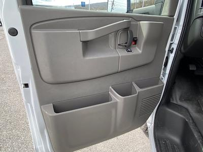 2021 Chevrolet Express 3500 4x2, Dejana DuraCube Cutaway Van #Q210249 - photo 12