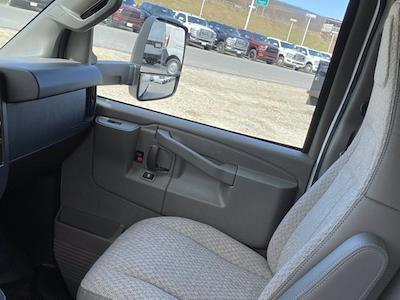 2021 Chevrolet Express 3500 4x2, Dejana DuraCube Cutaway Van #Q210249 - photo 27