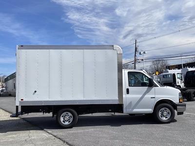 2021 Chevrolet Express 3500 4x2, Dejana DuraCube Cutaway Van #Q210249 - photo 6
