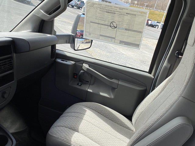 2021 Chevrolet Express 3500 4x2, Dejana DuraCube Cutaway Van #Q210260 - photo 28