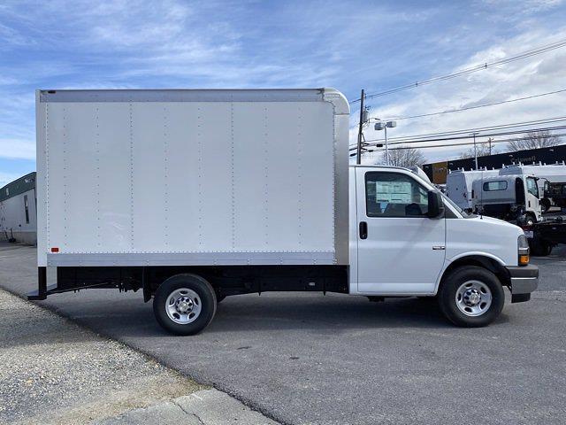 2021 Chevrolet Express 3500 4x2, Dejana DuraCube Cutaway Van #Q210260 - photo 6