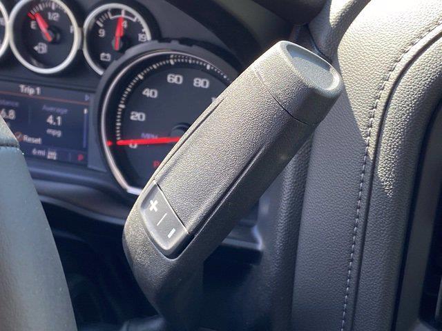 2021 Chevrolet Silverado 1500 Crew Cab 4x4, Pickup #Q210339 - photo 21