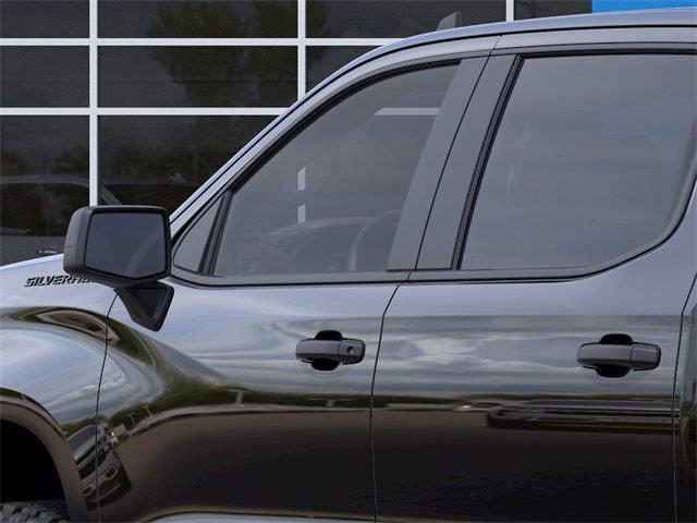 2021 Chevrolet Silverado 1500 Crew Cab 4x4, Pickup #Q210442 - photo 10