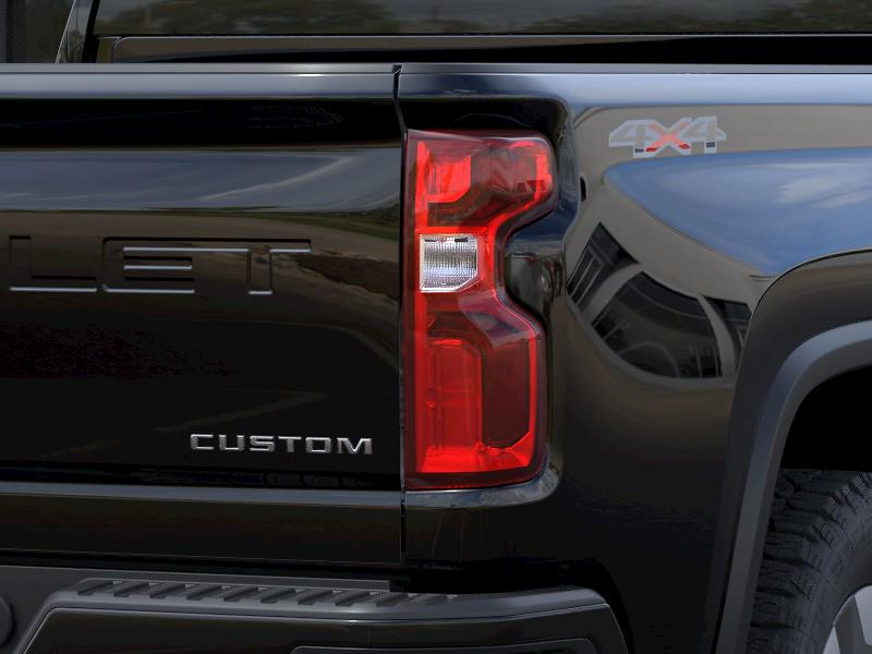 2021 Chevrolet Silverado 2500 Crew Cab 4x4, Pickup #Q210455 - photo 9