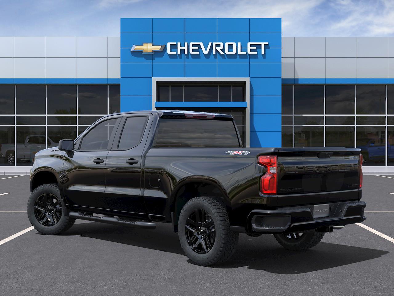 2021 Chevrolet Silverado 1500 Double Cab 4x4, Pickup #Q210463 - photo 4