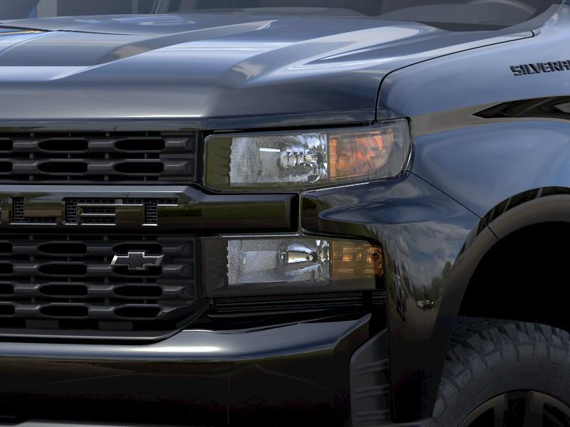 2021 Chevrolet Silverado 1500 Double Cab 4x4, Pickup #Q210463 - photo 8