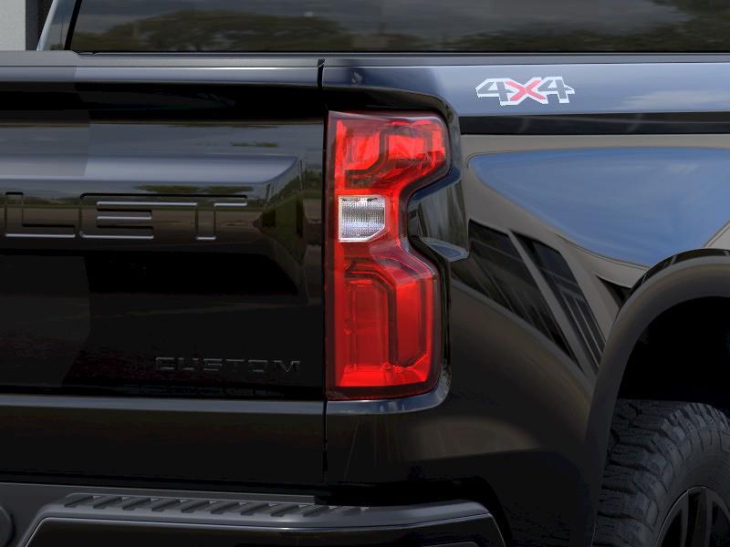 2021 Chevrolet Silverado 1500 Double Cab 4x4, Pickup #Q210463 - photo 9
