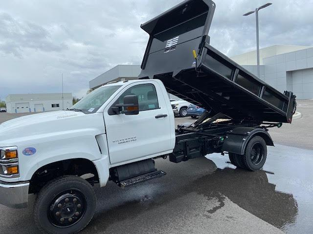 2019 Chevrolet Silverado 6500 Regular Cab DRW 4x4, 11 Ft Air Flow dump Body #W190628 - photo 4
