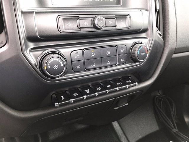 2019 Chevrolet Silverado 6500 Regular Cab DRW 4x4, Cab Chassis #W190628 - photo 18