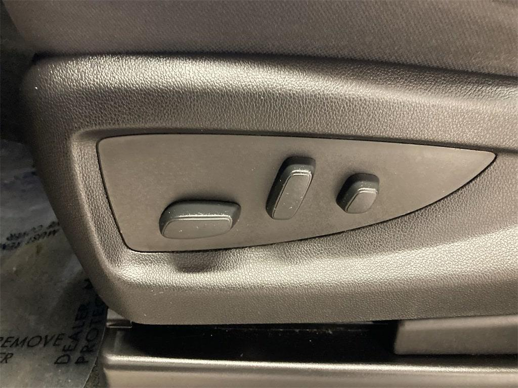 2018 Chevrolet Silverado 1500 Double Cab 4x4, Pickup #W210025A - photo 23
