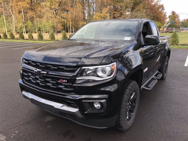 2021 Chevrolet Colorado Extended Cab 4x4, Pickup #W210049 - photo 3