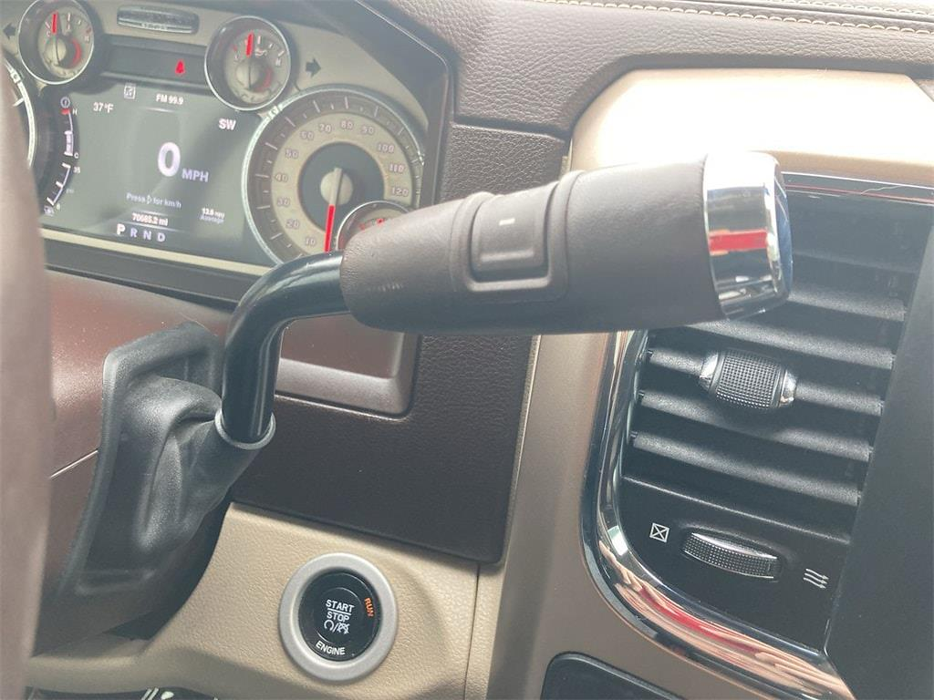 2016 Ram 3500 Crew Cab 4x4, Pickup #W210149B - photo 32