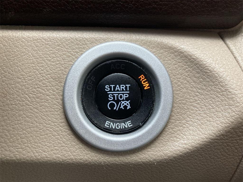 2016 Ram 3500 Crew Cab 4x4, Pickup #W210149B - photo 33