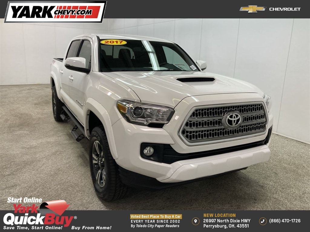 2017 Toyota Tacoma Double Cab 4x4, Pickup #W210277A - photo 1