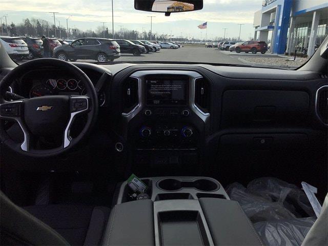 2021 Chevrolet Silverado 1500 Crew Cab 4x4, Pickup #W210307 - photo 16