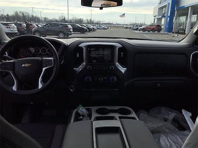2021 Chevrolet Silverado 1500 Crew Cab 4x4, Pickup #W210307 - photo 16