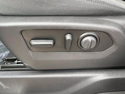 2021 Chevrolet Silverado 1500 Crew Cab 4x4, Pickup #W210313 - photo 13