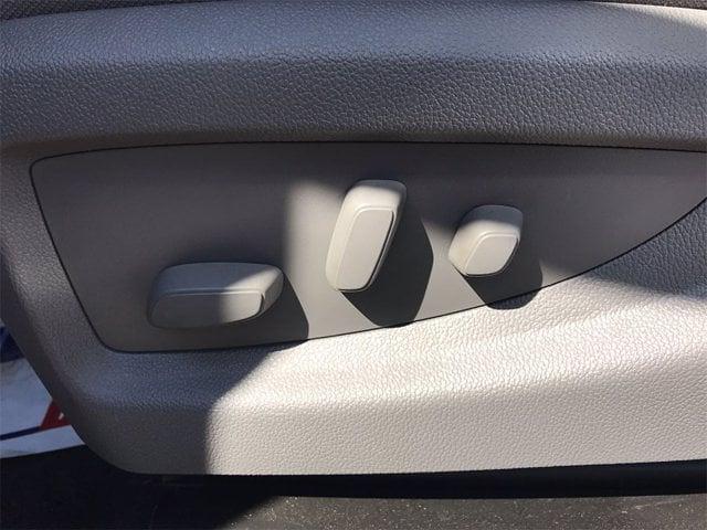 2021 Chevrolet Silverado 4500 Regular Cab DRW 4x2, Cab Chassis #W210335 - photo 10