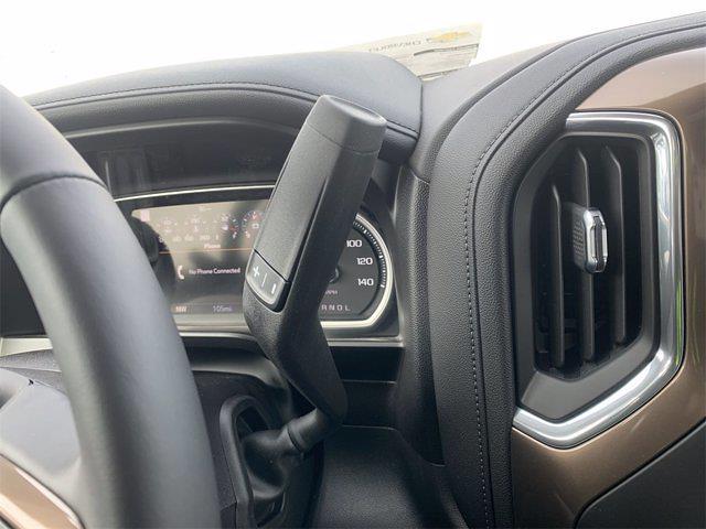 2021 Chevrolet Silverado 1500 Crew Cab 4x4, Pickup #W210362 - photo 23