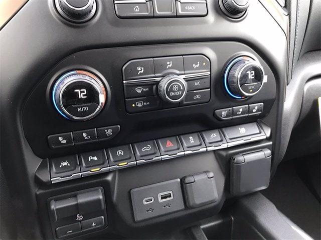 2021 Chevrolet Silverado 1500 Crew Cab 4x4, Pickup #W210363 - photo 22