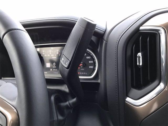 2021 Chevrolet Silverado 1500 Crew Cab 4x4, Pickup #W210363 - photo 23