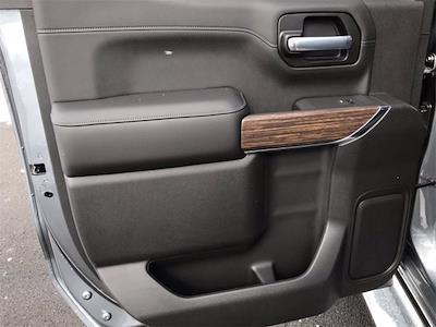 2021 Chevrolet Silverado 1500 Crew Cab 4x4, Pickup #W210363 - photo 11