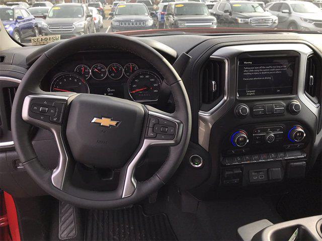 2021 Chevrolet Silverado 1500 Crew Cab 4x4, Pickup #W210432 - photo 16