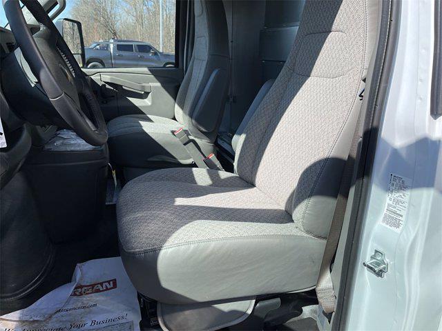 2021 Chevrolet Express 3500 4x2, Morgan Gold Star Dry Freight #W210454 - photo 11