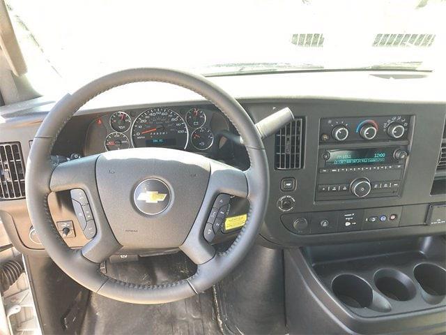 2021 Chevrolet Express 3500 4x2, Morgan Mini-Mover Cutaway Van #W210496 - photo 13