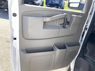 2021 Chevrolet Express 3500 4x2, Morgan Mini-Mover Cutaway Van #W210496 - photo 11