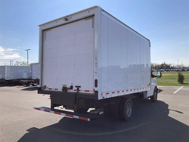 2021 Chevrolet Express 3500 DRW 4x2, Morgan Dry Freight #W210519 - photo 1